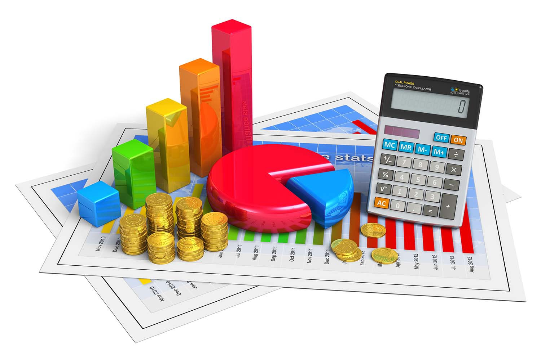 Imagem com alguns gráficos em pizza e colunas, uma calculadora, moedas e duas folhas por baixo