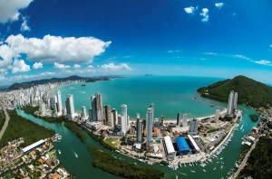 Foto aérea de Balneário Camboriú, representando abrir empresa em Balneário Camboriú - Abertura Simples