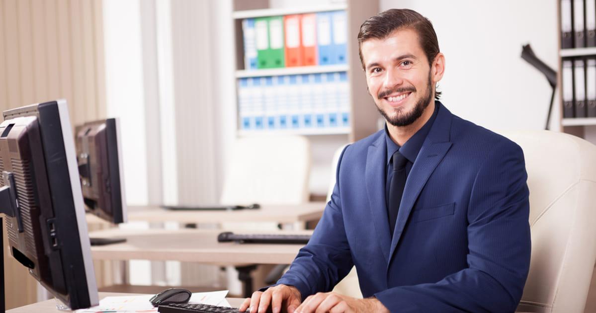 foto de um empreendedor, representando como empreender em camanducaia