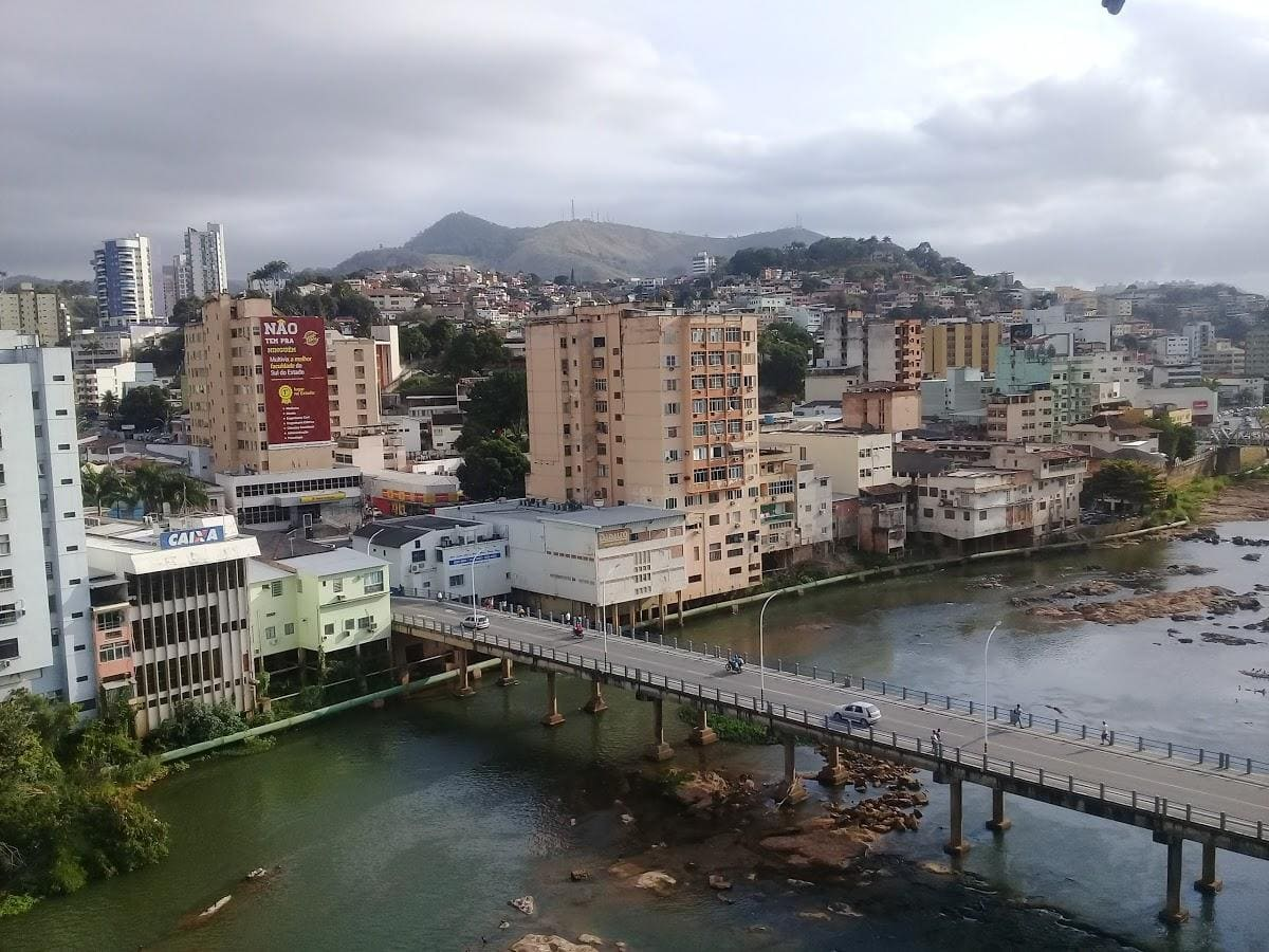 foto de ponte da cidade de cachoeiro de itapemirim, representando a contabilidade em santa helena