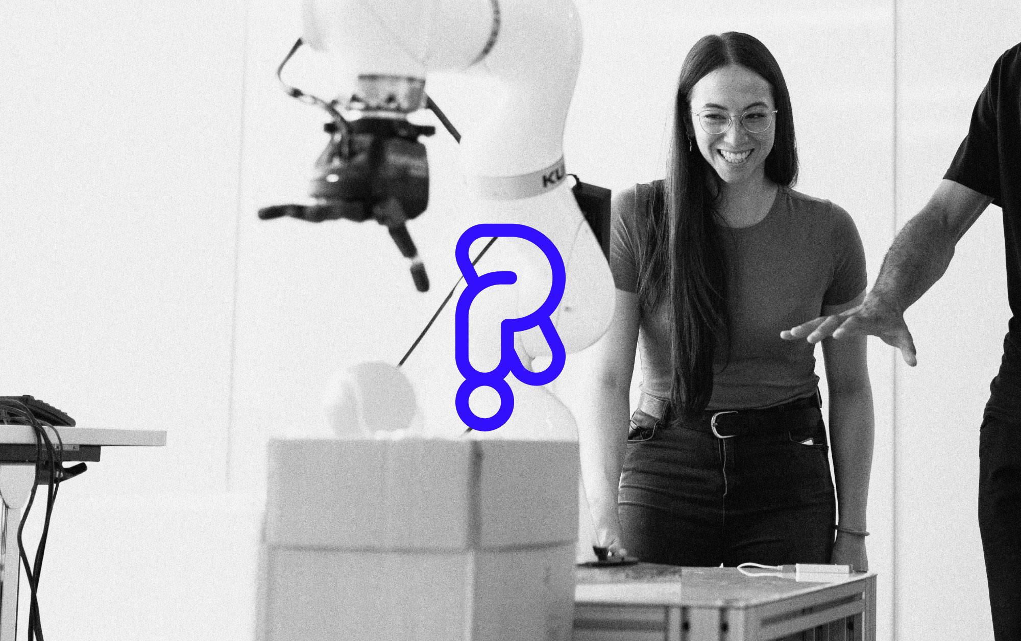 Raizomat-Logo-Photo-Machine-Girl-2K-q60-04