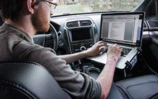 Top 10 Best Car Laptop Mounts 2020 Review