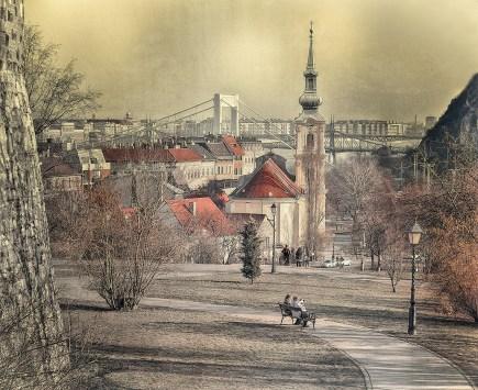 Városkép a Budai várból