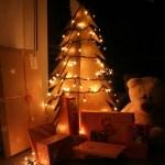 Hoe maak je een kartonnen kerstboom