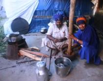 Nihangs preparing dinner