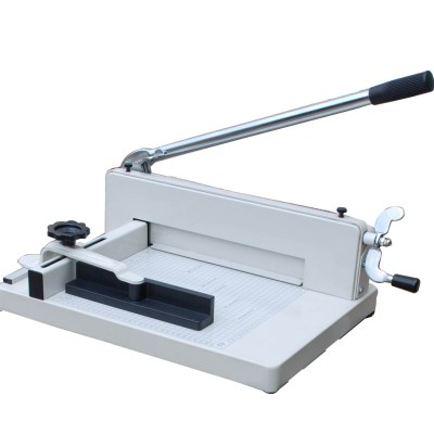 Paper cutter Office Supply Cutting size :33 cm,Cutting capacity :400sheets 70g paper,Packing :1,Measure :64x45x30 cm