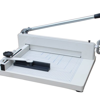 Paper cutter Office Supply Cutting size :43 cm,Cutting capacity :400sheets 70g paper,Packing :1,Measure :76x54x28.5 cm