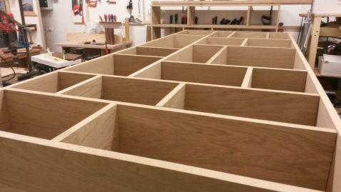 vakkenkast vakjeskast massief massieve eiken kast meubel maatwerk nijmegen honigcomplex honigfabriek de smeltkroes meubelmaker op maat