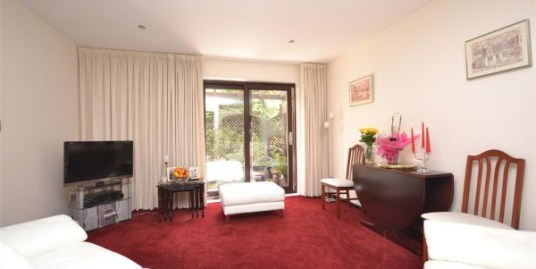 2 Bedroom Flat, Braybourne Drive, Iselworth, TW7 5DZ