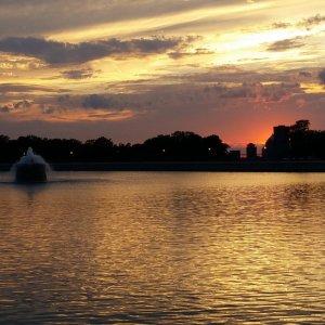 Cobbs Hill reservoir at sunset, by Trisha G.