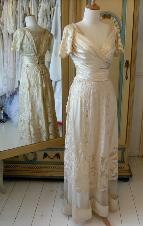 1895 Belle Epoque vintage wedding dress