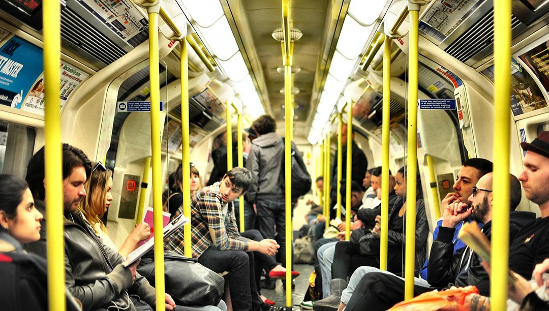 London Living – Navigating Public Transport in London: THE TUBE