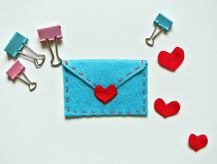 Valentine's Day Felt Envelope