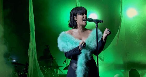 Rihanna Billboard 2016