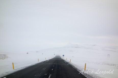 Straße und Schnee
