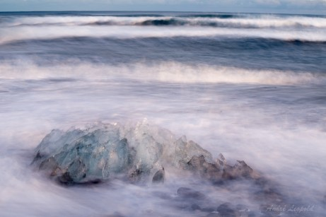 Eisblock am Strand