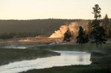 Sonnenaufgang mit Geothermik
