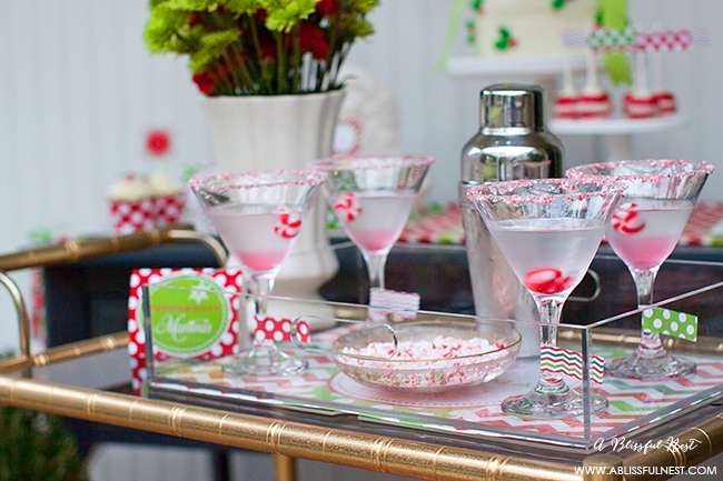 A delicious peppermint bark martini recipe perfect for the holidays and Christmas parties!