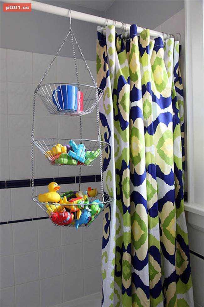 hanging bath toy storage 20 bathroom organization ideas