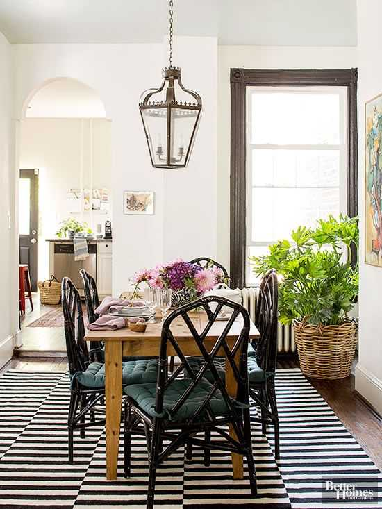 We show you how to get the look of this designer room in this bold & rustic dining room design.