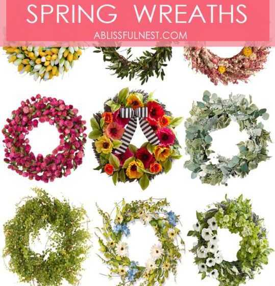 So in love with these 15 gorgeous spring wreath ideas! #spring #frontporch #springporch #springfrontporch #porchideas