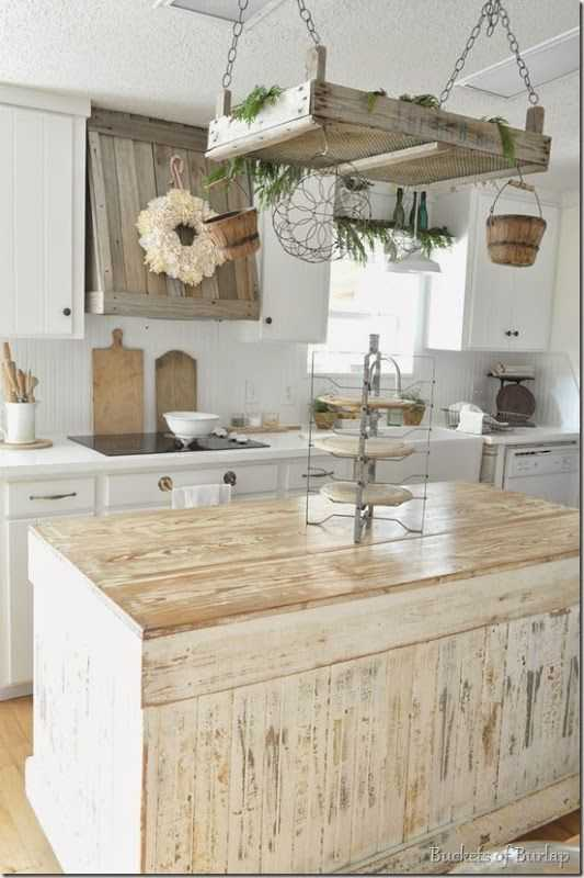 decor and design 38 best farmhouse kitchen decor and design ideas for 2018 Buckets of Burlap Farmhouse Kitchen, 20 Farmhouse Kitchen Ideas #farmhouse # farmhousekitchen #farmhousestyle