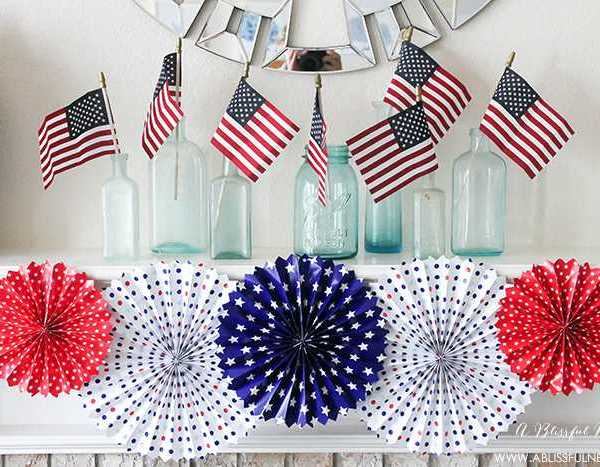 Our 4th of July Mantle Decor + Tips To Recreate It