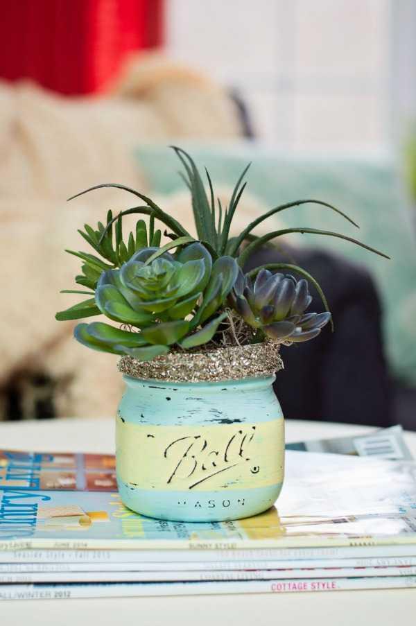 Mason Jar Succulent Pots, 20 Was to Use Mason Jars