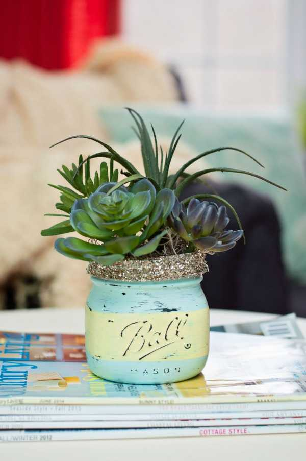 Mason Jar Succulent Pots, 20 Was to Use Mason Jars