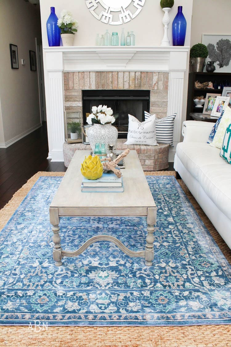 Use these 5 useful tips on how to use rugs and carpet in your home to create a warm and inviting space. https://ablissfulnest.com/