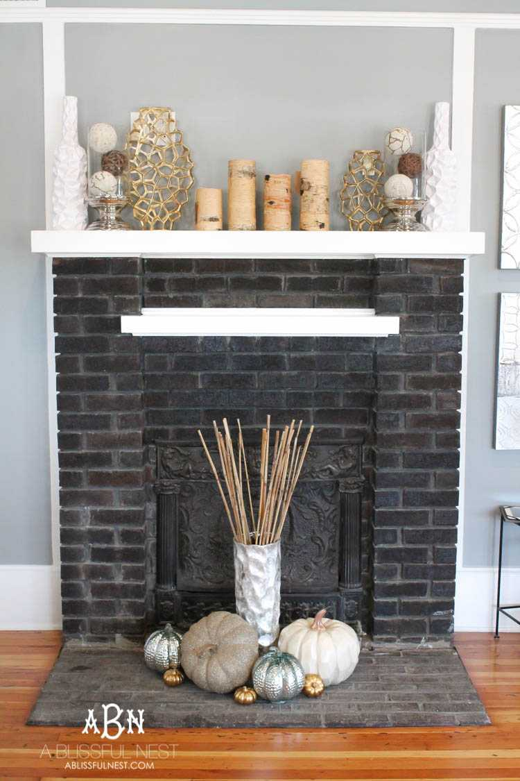 Modern Fall Mantle Decor Ideas With Neutral Accents