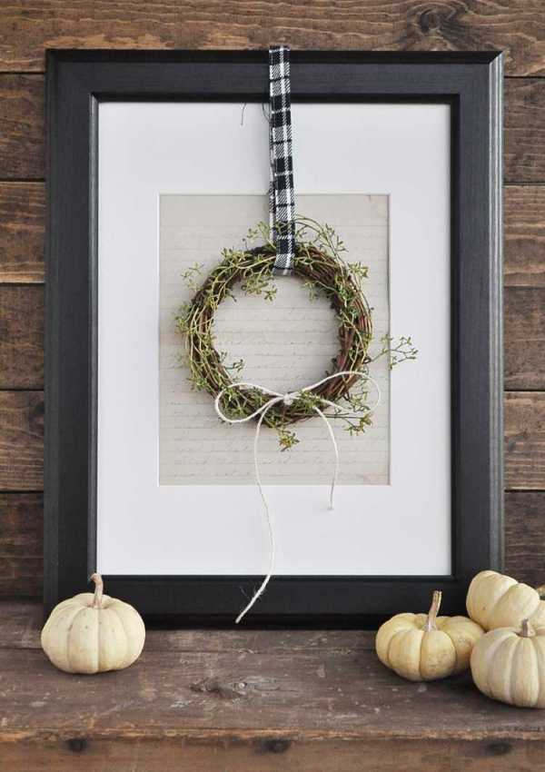 Simple Fall Farmhouse Mini Wreath Tutorial