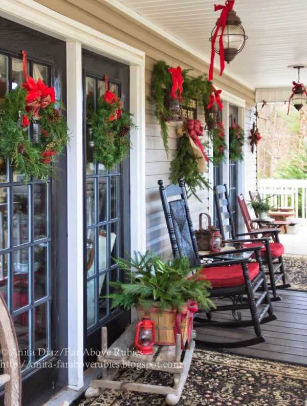 Front Porch Decor Holiday Decorating With Natural Elements Christmas Ideas