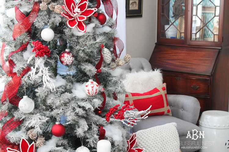 gorgeous red and white christmas tree decor ideas make your own classic christmas tree with
