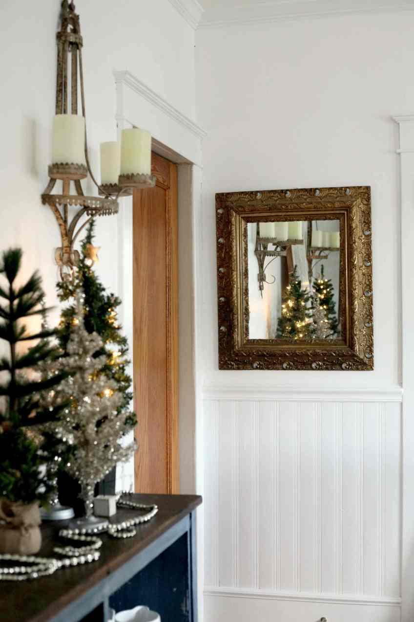 Beautiful Christmas decor using a Vintage Ladder for a Mason Jar Advent Calendar. So festive and fun! See more on https://ablissfulnest.com/ #Christmas #Advent #ChristmasDecor