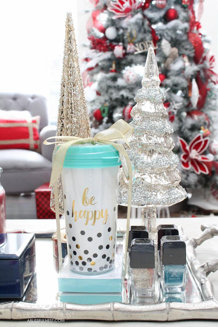 JCPenney has the most meaningful and affordable gifts this year for Christmas. Grab my ideas on the must-have items to pick up from your local store! See more on https://ablissfulnest.com/ #ad #JoyWorthGiving