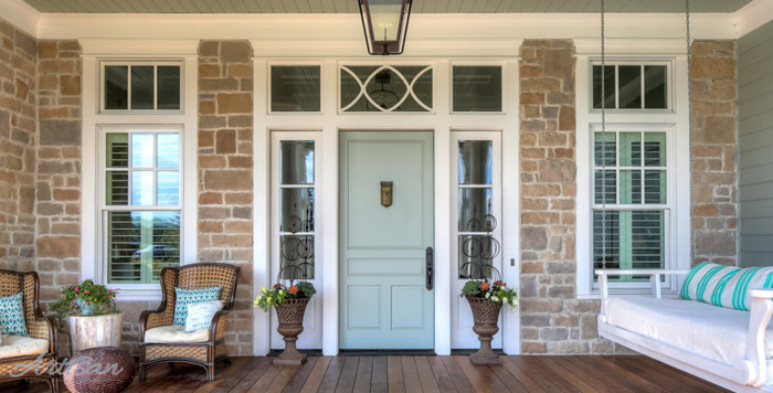 Such a pretty color on this spring front porch. #spring #springporch #springdecorating #springfrontporch