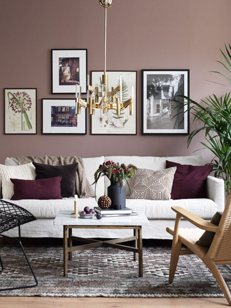 An Easy Way To Add Warm Into The Home Is To Decorate With Burgundy, Easy