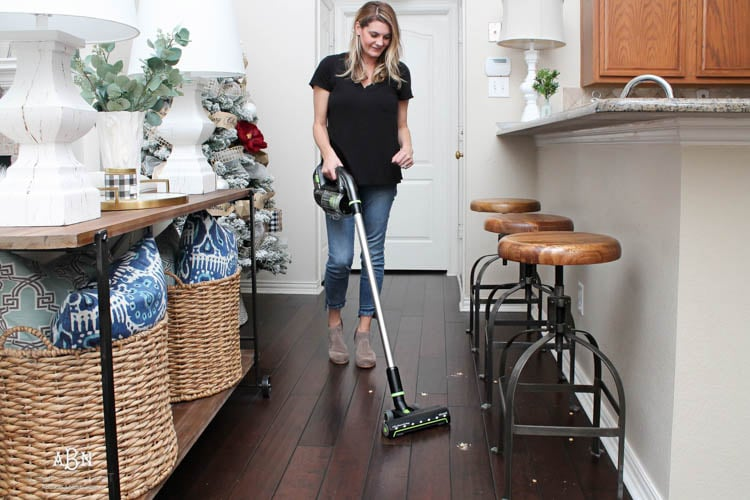 Love these tips to keep hard floor surfaces clean with the new Bissell Multi Reach Cordless Vacuum. #ad #Bissell