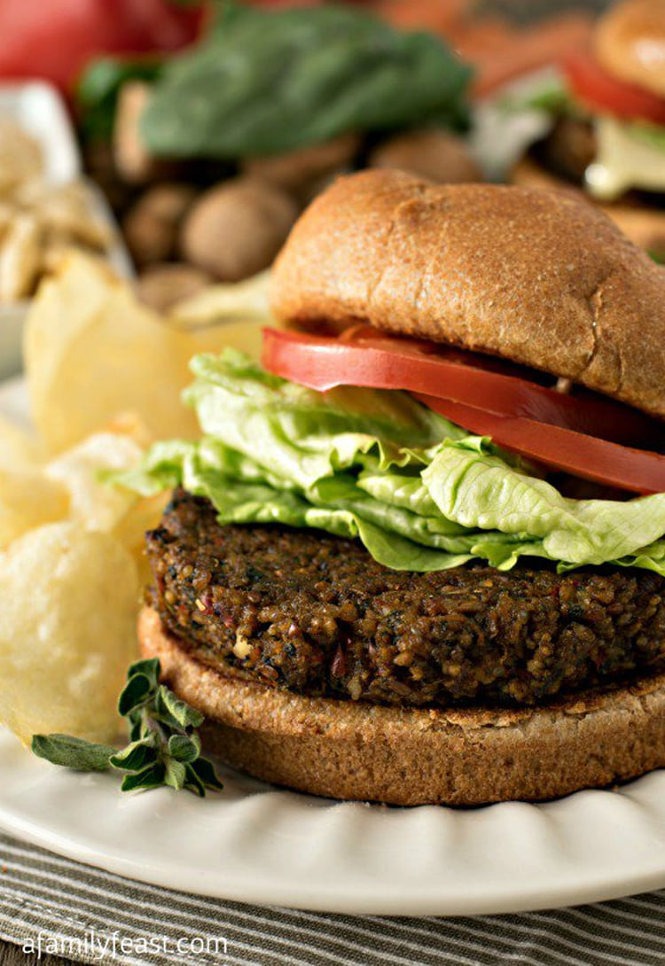 Going gluten free doesn't mean you have to give up yummy juicy hamburgers! #glutenfree #glutenfreerecipe