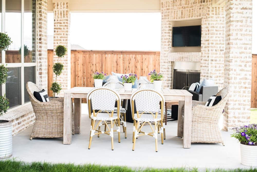 Small Backyard Patio Ideas + My Outdoor Living Space Reveal on My Backyard Living id=94994