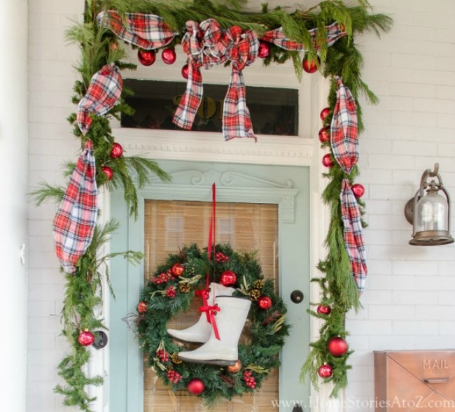 Hang those garlands and not worry about HOW! Home Stories From A to Z, 15 Things to do with Command Hooks in your Home