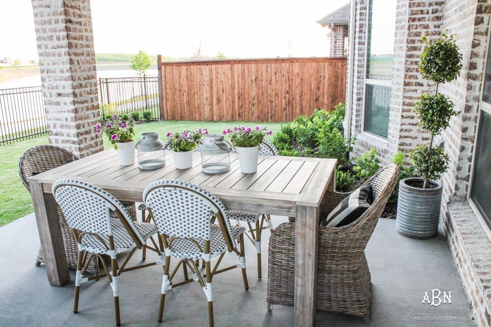 Small Backyard Makeover Before and After - Landscaping Ideas on Small Backyard Renovation Ideas id=18094