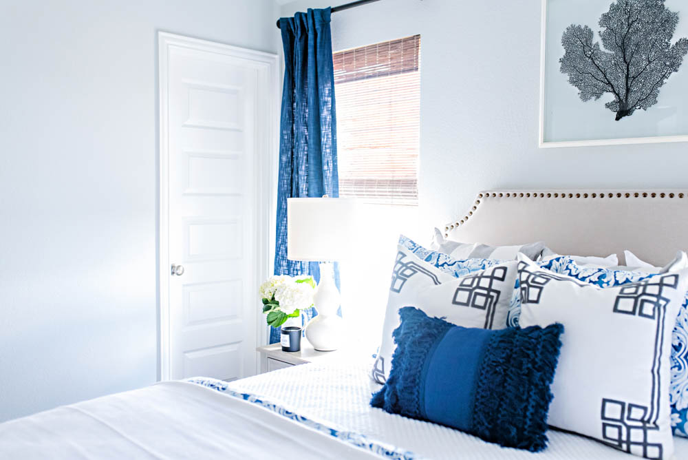 Blue and White Coastal Guest Bedroom Reveal #guestbedroom #bedroomideas #ABlissfulNest