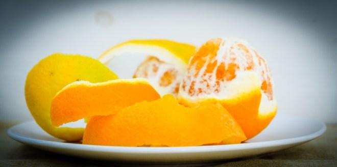 Orangenschale enthält ein natürliches Bleichmittel. (Bildquelle: rabirius)