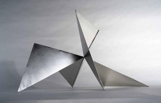 Artwork by Lygia Clark, Bicho (Triangle)