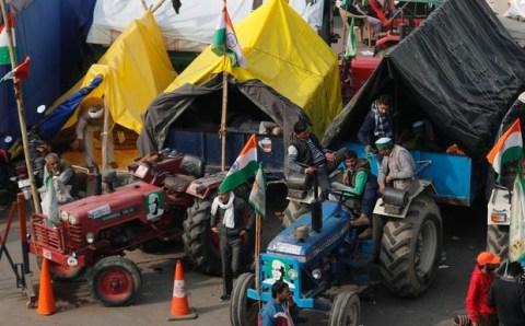 तवायफ का भी अपना जमीर होता है क्या मुख्य धारा की मीडिया उससे भी नीचे गिर गई है; प्रदर्शनकारी किसान ने गुस्से में कहा