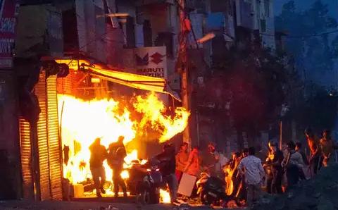 Delhi riots: एम मुमताज ने उस दिन को याद किया जब उनका रेस्तरां जला दिया गया था