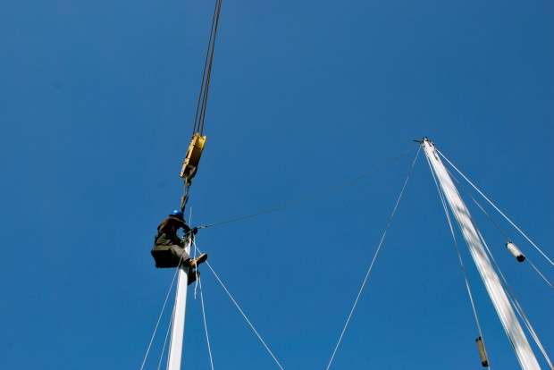 The yard rigger connecting the triatic stay between masts on Astraea