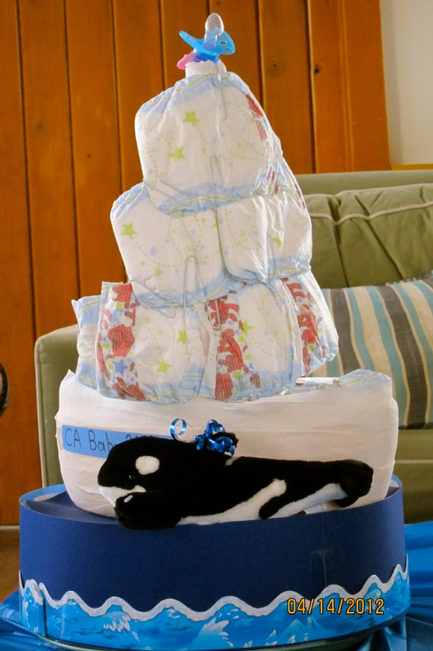 Amy made this awesome diaper sailboat